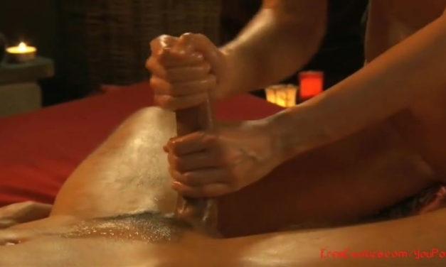 Full naked body massage and an erotic handjob