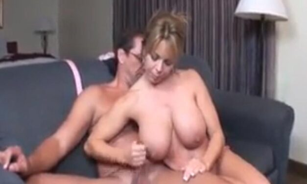 Wife loses with strippoker, she has to give the neighbour a handjob